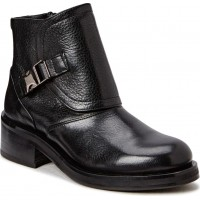 District Storm Boot